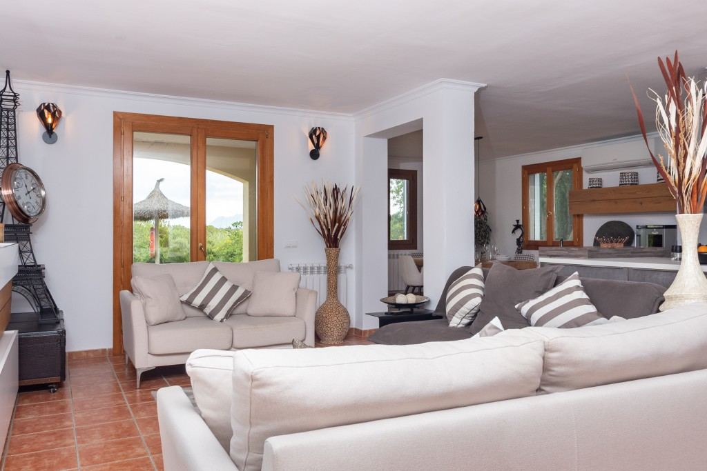 Pollensa country house living room