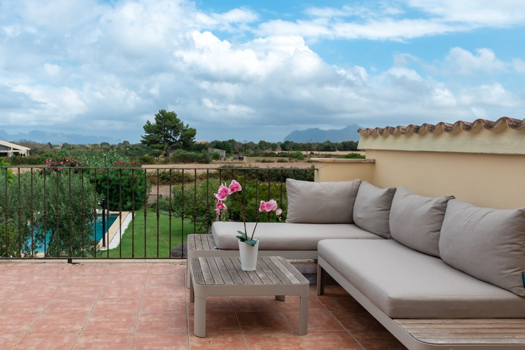 Pollensa country home terrace