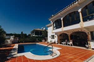 Detached villa within walking distance of the Center of La Cala