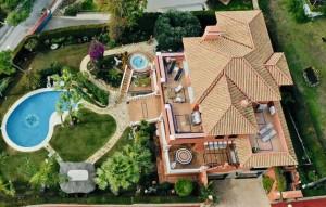 Luxurious villa with seaview located in the lower part of Urbanization Sitio de Calahonda, Mijas Costa Price: € 1.585.000