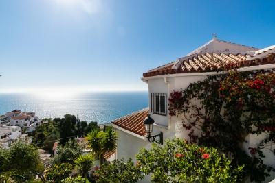 798961 - Apartment For sale in West Nerja, Nerja, Málaga, Spain