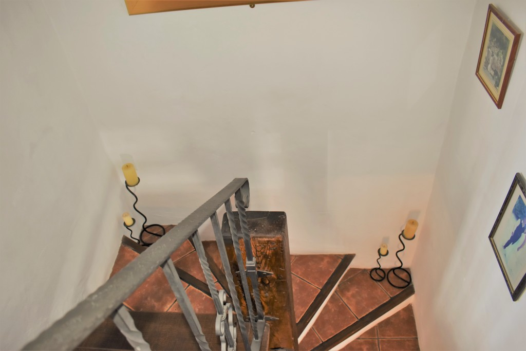 2129 staircase
