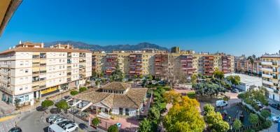798988 - Apartment For sale in Fuengirola, Málaga, Spain
