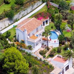 Villa Sprzedaż Nieruchomości w Hiszpanii in Torremar, Benalmádena, Málaga, Hiszpania