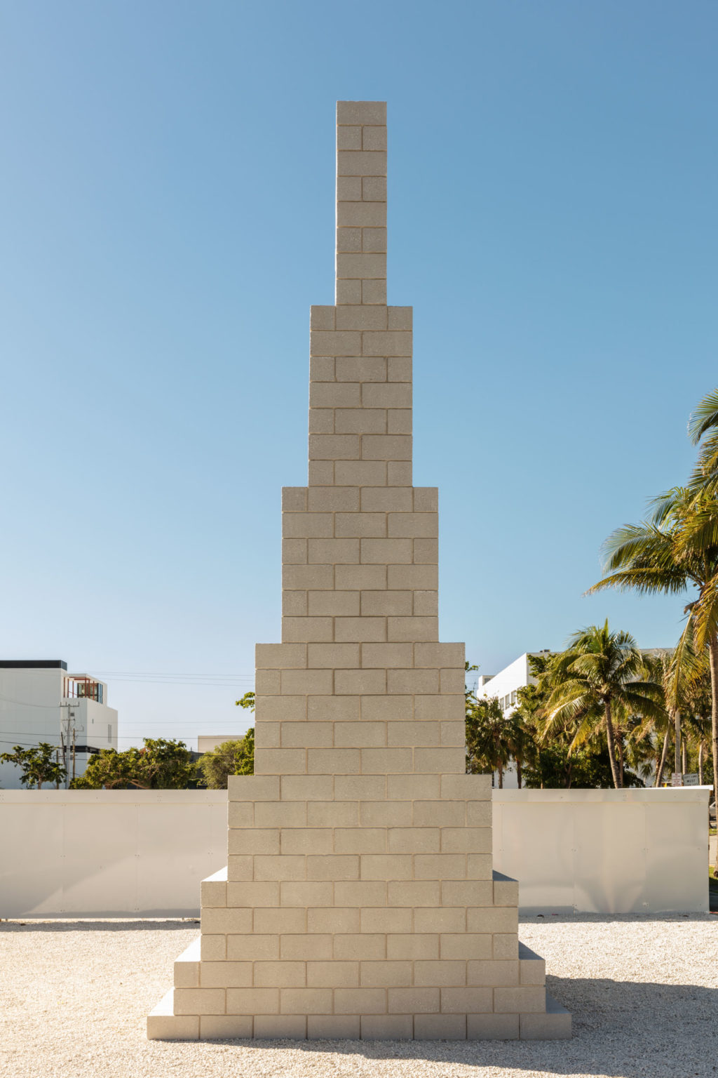 Installation view Sol LeWitt, Tower (Lodz), 1993 in the Miami Design District