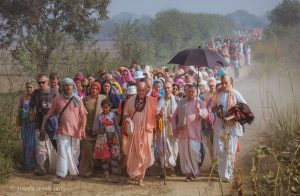 HH Srila Indradyumna Swami with Devotees on the way to Ter Kadambfrom Javat