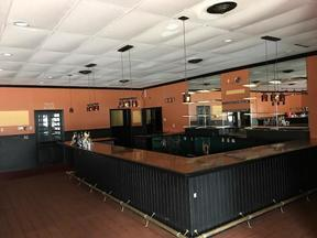 Restaurant Restaurant For Lease: Restaurant For Lease