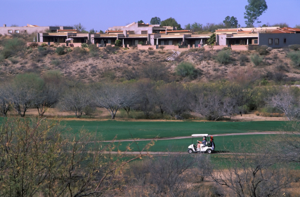 iStock 000002289840XSmall golf az Home