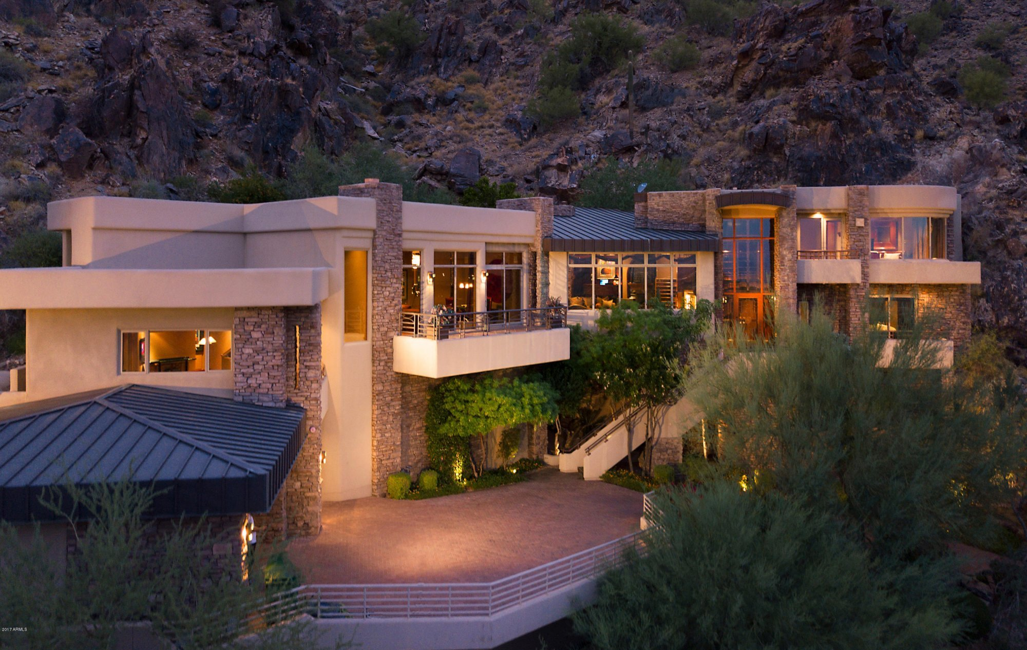 Phoenix Homes for Sale in AZ