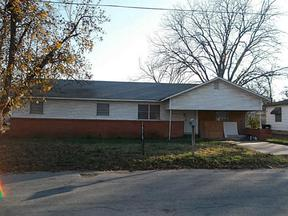 Residential Sold: 406 E College
