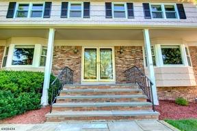 Single Family Home For Sale: 170 Konner Avenue