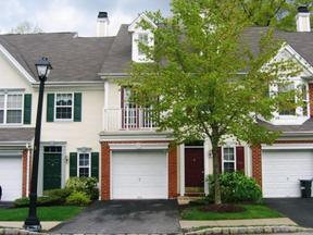 Townhouse For Sale: 55 Washington Ct