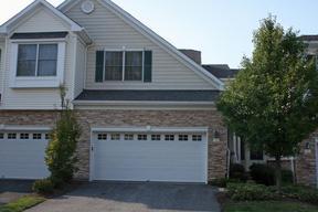 Single Family Home Sold: 52 Pacio Ct