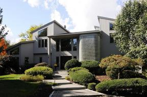 Single Family Home Sold: 3 Stonehenge Ct