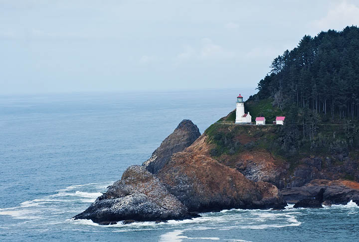 Edgewater realty oregon coast real estate homes for sale for On your lot builders oregon