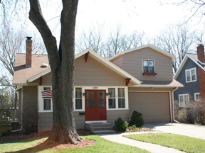 Single Family Home Sold: 1039 S Clay St