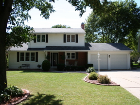 Single Family Home Sold: 544 Hilltop Dr