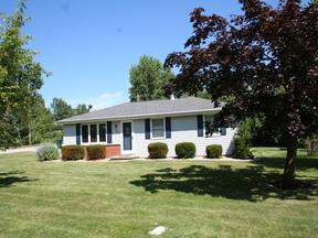 Single Family Home Sold: 2682 Sunray Ln