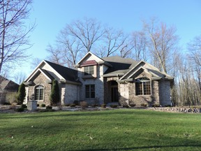 Single Family Home Sold: 2935 Shelter Creek Ct