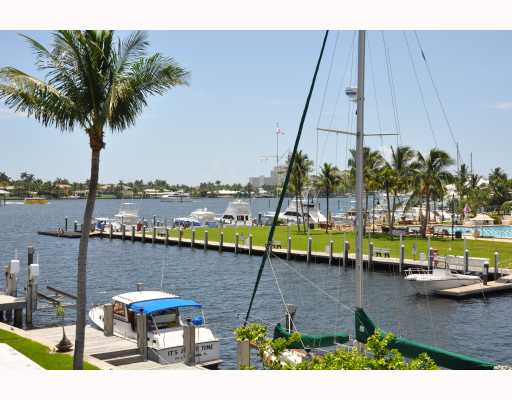 Lauderdale Harbor Waterfront