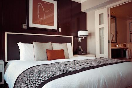bedroom-bed-appliances