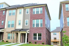 Townhouse For Rent: 1440 Providence Green Lane