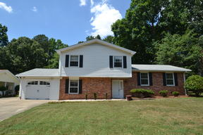 Single Family Home For Rent: 1017 Wofford Lane
