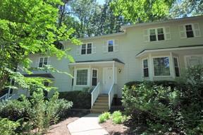 Townhouse For Rent: 6921 Glendower Road #B