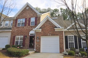 Townhouse For Rent: 418 Hidden Springs Drive