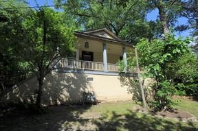 Duplex 1012-B Dorothea Drive: 1012-B Dorothea Drive
