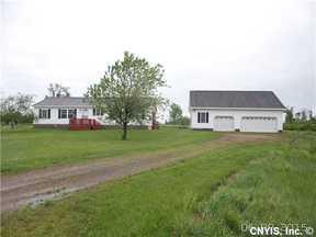 Sackets Harbor  NY Single Family Home Sold: $105,000