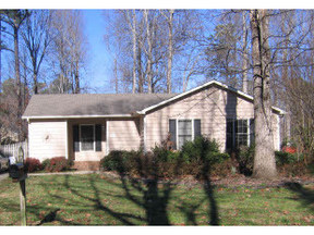Close to Downtown Leased: 206 Trappers Run