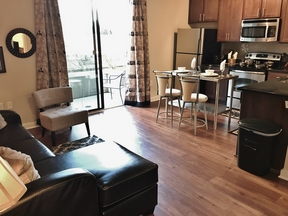 Furnished 1BDR Available June 5th: 1055 Pine Street