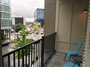 Nashville TN  Furnished 2BDR Available Nov 2nd: $138 /day... Private Patio