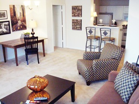 Nashville TN Furnished 1BDR Available Oct 30th: $97 /day... Private Patio
