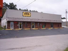 Commercial For Lease: 1101 S. Neosho Blvd, Ste B