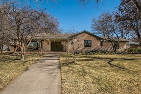 Single Family Home For Sale: 2409 S Parker