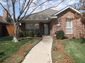Single Family Home For Sale: 6208 Oakcrest