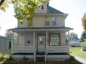 Residential : 206 W Main St