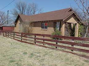 Residential : 910 Ave C SW