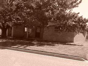 Residential : 711 Bray