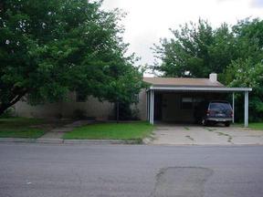 Residential : 1707 Ellison
