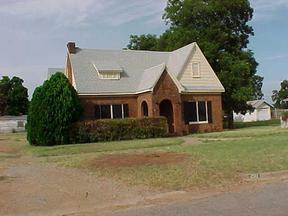 Residential : 210 Ave E SE