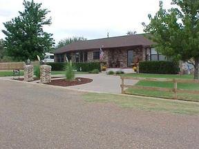 Residential : 200 Bella Vista
