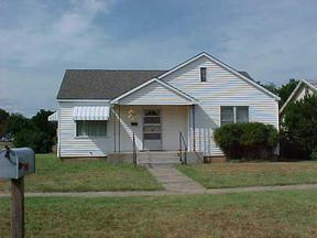 Residential : 401 Ave G SE