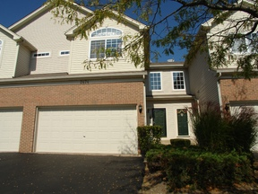 Condo/Townhouse Sold: 2474 Jamestown Lane