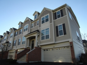 Townhouse Rented: 371 N Commerce Street