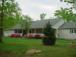 Single Family Home Sold Seller Saved $4345*: 220 Spring Hill Road