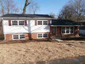 Single Family Home SELLER SAVED $4,457!*: 102 Laurel Circle