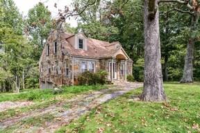 Single Family Home SELLER SAVED $3,212!*: 3003 Spotswood Trail